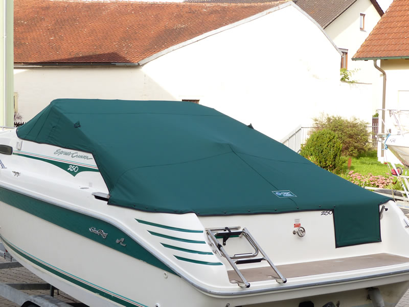 Persenning Sea Ray 250 Express Cruiser Bootspersenning11