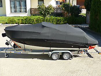 Ganzpersenning Bayliner VR5 Cuddy Vollpersenning 01