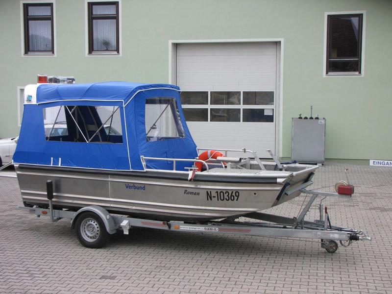 Verdeck Barro RTB 500 Aluminiumboot Bootsverdeck Persenning 01