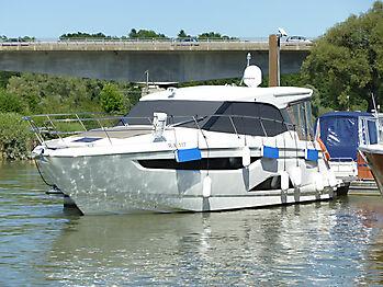 Sonnenschutz Bavaria R40 Boot Bootsfenster 01