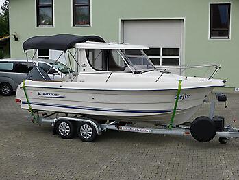 Bimini Quicksilver 635 Pilothouse Biminitop Sonnenschutz  09