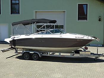 Sea Ray 220 SSE SunSport