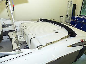 Bimini-Top Sea Ray 220 SSE Sunsport Sonnenverdeck 20