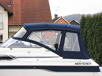 Verdeck mit Gestaenge Edelstahl Monterey 246 SEL Bootsverdeck Persenning 04