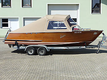 Portier Holzboot
